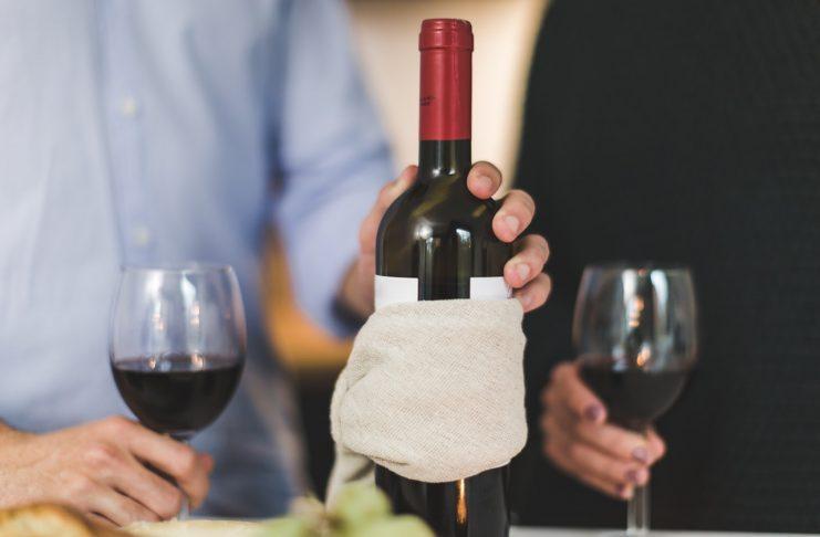 מקרר יין לרכב - הפינוק המושלם בדרכים