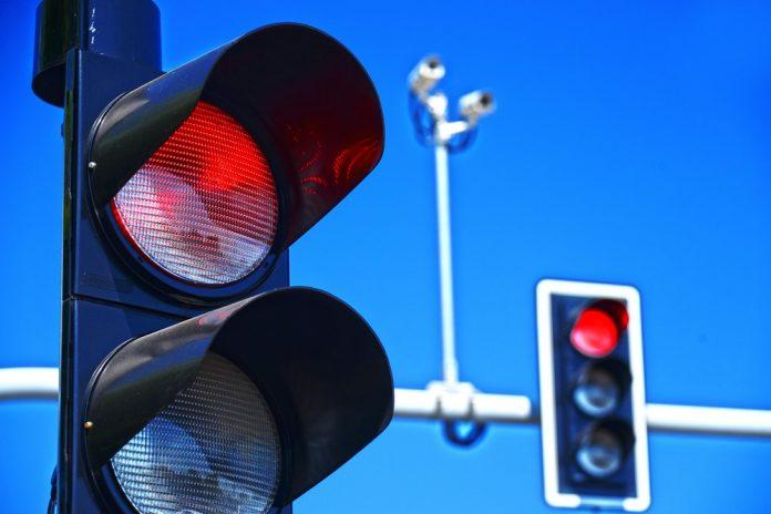 רמזור אדום למיסוי הירוק: הכל על הזינוק במס הקניה של רכבים היברידיים ב-2020